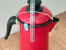 bule-de-cafe-vermelho-ewel